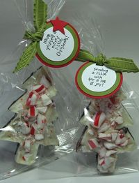 Candy Cane Bark - Cute packaging and link to recipe