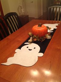 Ghost Table Runner, too cute!