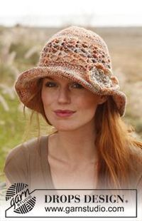 Crochet DROPS hat with flower in �€Fabel�€ and �€œLin�€. ~ DROPS Design
