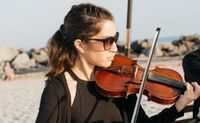Hire a Violinist for Weddings