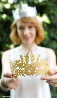 Make this DIY Paper crown for birthday's, celebrations or summer festivals with a template and SVG file from handcrafted lifestyle expert Lia Griffith.