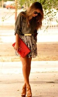 love the outfit (though I'd prefer a longer version of the skirt)
