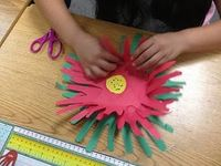 The Legend of the Poinsettia! - Handprint Craft and Book Suggestion - - Pinned by