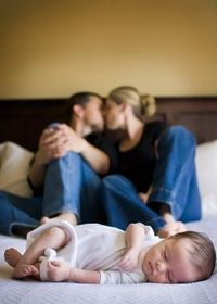 Baby and parents by Brandy Anderson and Fresh Sugar Photography http://www.freshsugar.ca/