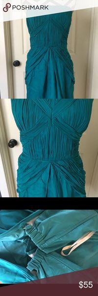 Shoshanna Strapless Teal Bridesmaid Cocktail Excellent condition. Teal Knee length dress. Perfect summer occasion dress. Cute details on bodice. Weddings, bridesmaid, cocktail, date, party. Shoshanna Dresses Strapless