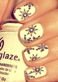 47- snow flake nails - I love it . Also , I want to make like this nails but with different color such as black and white .