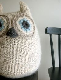 Whit's Knits: Big Snowy Owl - so adorable it reminds me of hedwig from harry potter