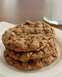 Cowboy Cookies...look as good as a cowboy in tight Wranglers!!!