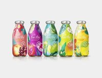 Following the success of the limited edition bottle for Superfly - a botanical blend developed in collaboration with celebrated mixologist Mr. Lyan - B&B studio