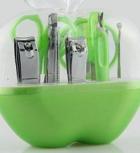 buyonline New Cute Nail Clippers Manicure Set Portable Apple Easy Makeup Tools (Green) No description (Barcode EAN = 4498240985236). http://www.comparestoreprices.co.uk/manicure/buyonline-new-cute-nail-clippers-manicure-set-portable-apple-...