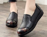 Casual Slip-On Genuine Leather Loafers Flat Women's Shoes,NEW,on Sale! More Info:https://cheapsalemarket.com/product/casual-slip-on-genuine-leather-loafers-flat-womens-shoes/