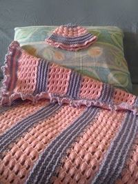 Free Pattern: Baby Girl's Blanket with Matching Hat