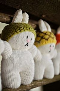 D'awww! Cute little knitted bunnies...with hats! Free pattern!