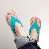 Crochet Pattern Flip Flops Child/Adult sizes 310 by Mamachee,