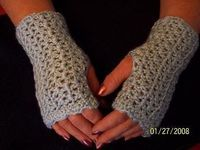 10: Elegant Wrist Warmers-Free Pattern; Gloves and Mittens: 10, 34, 38, 61, 73, 102. ༺�œ�ƬⱤ�ƒ��œ�༻