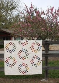 Temecula Quilt Co. Pattern Round and Round by Thimbleblossoms