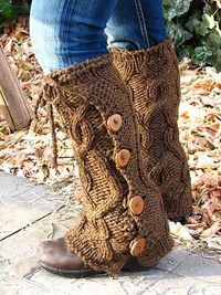 This pattern is so fast and fun! I love the way these came out! Update: I have worn these legwarmers all winter, in the snow, over my jeans, with heels, you nam