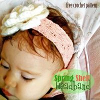Free Crochet Pattern - Spring Shell Headband. Create a cute headband for Easter! #craftown #crochet
