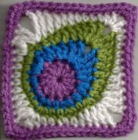 Free tutorial: peacock feather granny square by Banana Moon Studio: Happy National Crochet Month