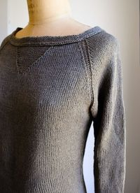 Laura's Loop: Everyday Linen Raglan - The Purl Bee