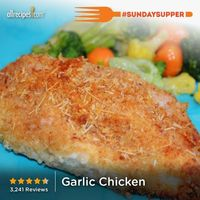 Garlic Chicken | Easy to make: Just dip and bake! Make it tonight for your family! #SundaySupper