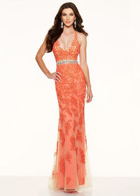 2015 Fitted Beaded Lace Embroidery Halter V Neck Coral Evening Gown