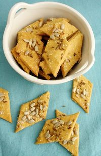 Chickpea Flour Crackers with Sunflower Seeds