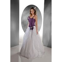 Pia Benelli, Nouvelle violet - Superbes robes de mariée pas cher | Robes En solde | Divers Robes de mariage blanc