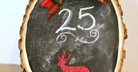 DIY Christmas Countdown - This DIY Holiday Count down can be displayed anywhere, even on the front door. It's so cute and you can easily make one! via