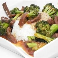 """Restaurant Style Beef and Broccoli Recipe - I make this veg by using Gardein beefless tips and adding more tamari instead of oyster sauce - I use red wine instead of sherry and I add 1 cup water for more """"gravy"""" then glaze. Yummy"""
