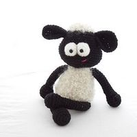 Sigmund the Sheep from Fugly crochet