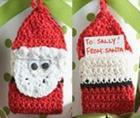 The Crochet Santa Gift Tag will definitely dress up any ordinary wrapped present. This special gift tag can be made by following this free crochet pattern. For