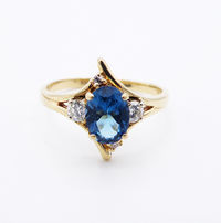 14K Gold Ring With Oval Blue Zircon & Two 10 Pt Diamonds, Size 6 3/4 Vintage 1960's 1970's $425.00