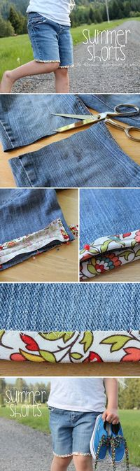 A few weeks ago, we had fun making our own bias tape. Last week, we freshened up some old towels with this cute sewing notion. Today, we're going to use bias ta
