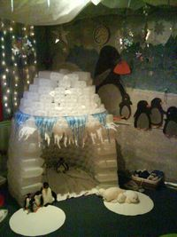 Fort Project 2013 Kindy (Reggio). seems pretty elaborate, but kids would have so much fun.