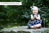 Photography by Samantha McGranahan, The Roxy Studio. Sprout Session, baby photography, baby girl, baby headbands, cute baby outfits, 9 month baby, family photography, family photos