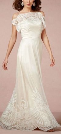 If I got married again...no price tag in the world would stop me from having this dress!!