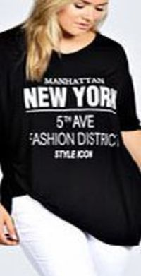 boohoo New York Oversized Tee - black pzz99655 Slouchy slogan tees are the trending basic this season for easy- to-wear edge. Style with ripped skinny jeans , chunky sole sandals and colour pop pastel nail polish . http://www.comparestoreprices.co.uk/wome...