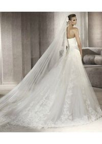 Modified Mermaid Attached Tulle Chapel Train With Lace Applique 2012 Weddin