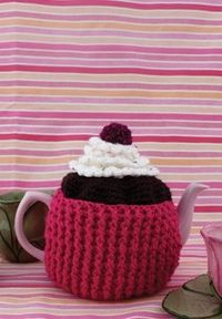 Free Crochet Cupcake Tea Cozy Pattern. I'm making this for my hubby's aunt! :)