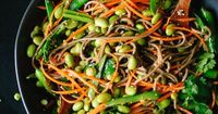 Whoa! looks amazingly delicious!! Sugar Snap Pea and Carrot Soba Noodles | 34 Clean Eating Recipes You'll Actually Want To Eat