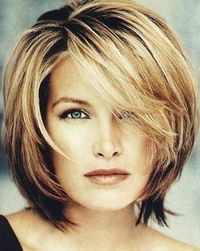 "Medium Hairstyles For Women Over 40 �€"" Cute Hair Style"