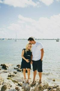 Nautical Maternity Photos. Perfect since we live by the Bay. :)