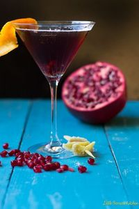 A gorgeous cocktail for the Holidays with pomegranate and spicy ginger.