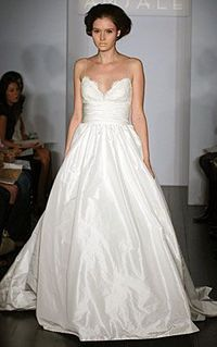 Used Amsale Coco Size 4 for $2700. You saved 35% Off Retail! Find the perfect preowned dress at OnceWed.com.
