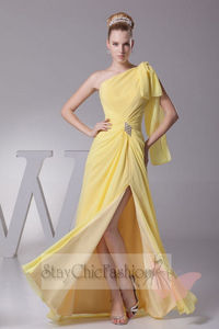 Asymmetrical Yellow One Shoulder Slit Evening Dress