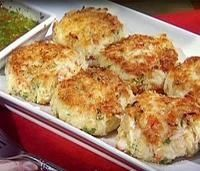 crab cakes- I have to make these!!