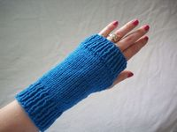 FREE SHIPPING - Blue Seaside Knit Fingerless Gloves