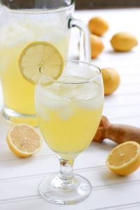 The very best ever recipe for homemade old fashioned lemonade.