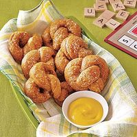Enjoy two soft, bready pretzels for under 100 calories. We love these topped with coarse salt but get creative and experiment with different toppings like cinna